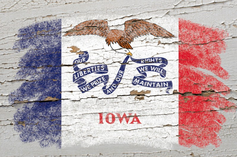 flag-of-us-state-of-iowa
