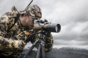 Hunter looking through Burris Signature HD spotter