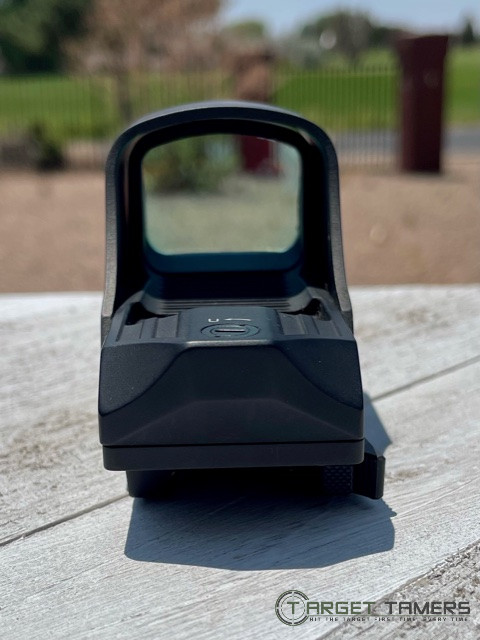 Looking through glass on Holosun HS510C red dot sight