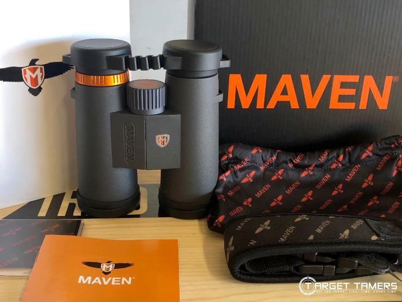 Maven C.1 8x42 binoculars with accessories